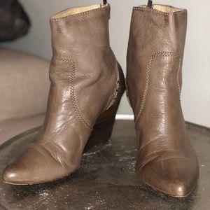 Frye Regina Wedge Back Zip Boot/Shoe